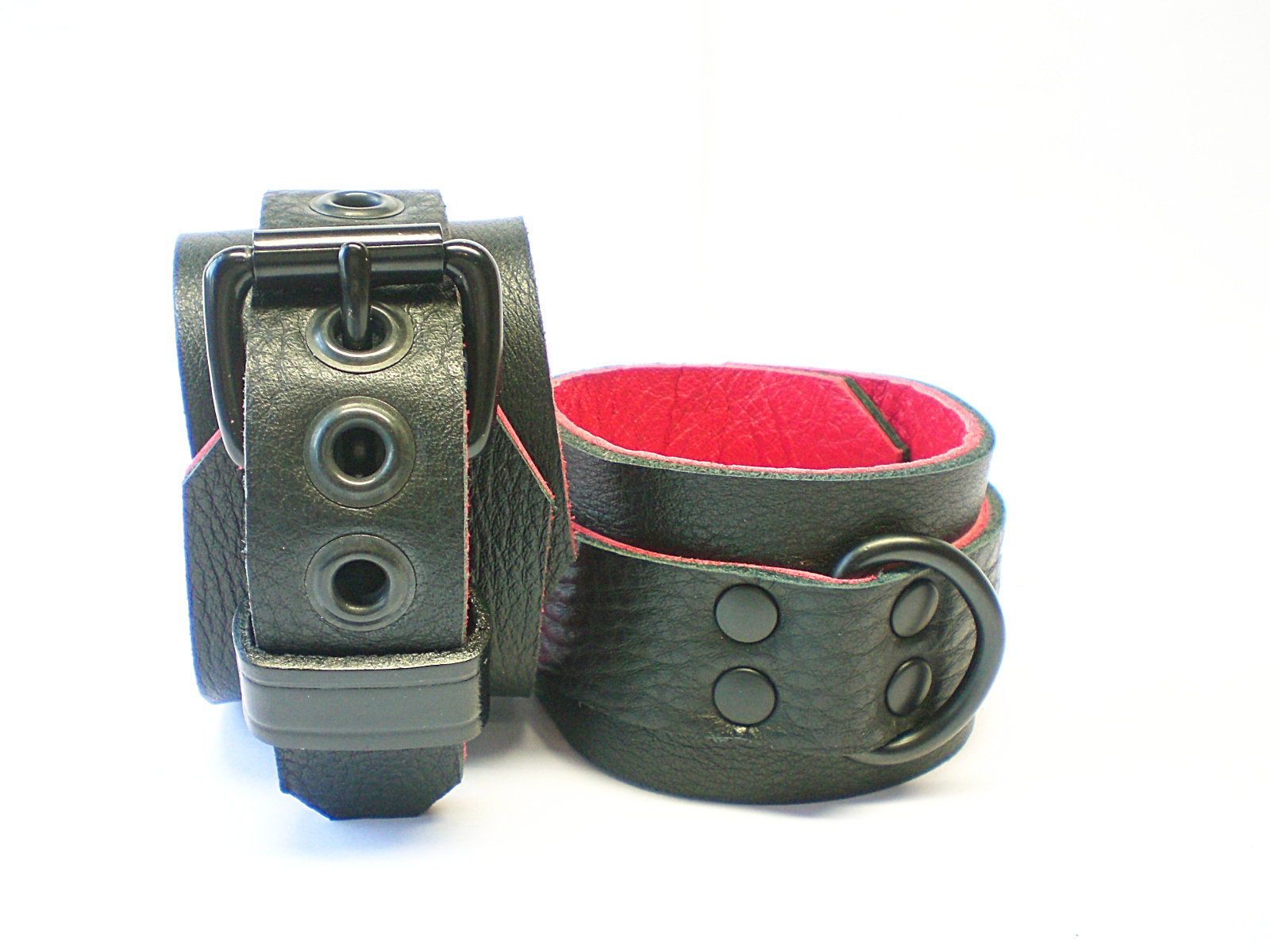 Soft Black w/Red Inlay - dbl-riveted
