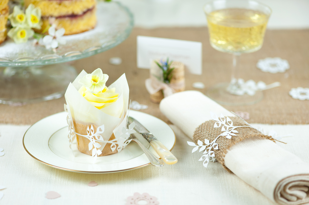 Leafy cup cake wrap