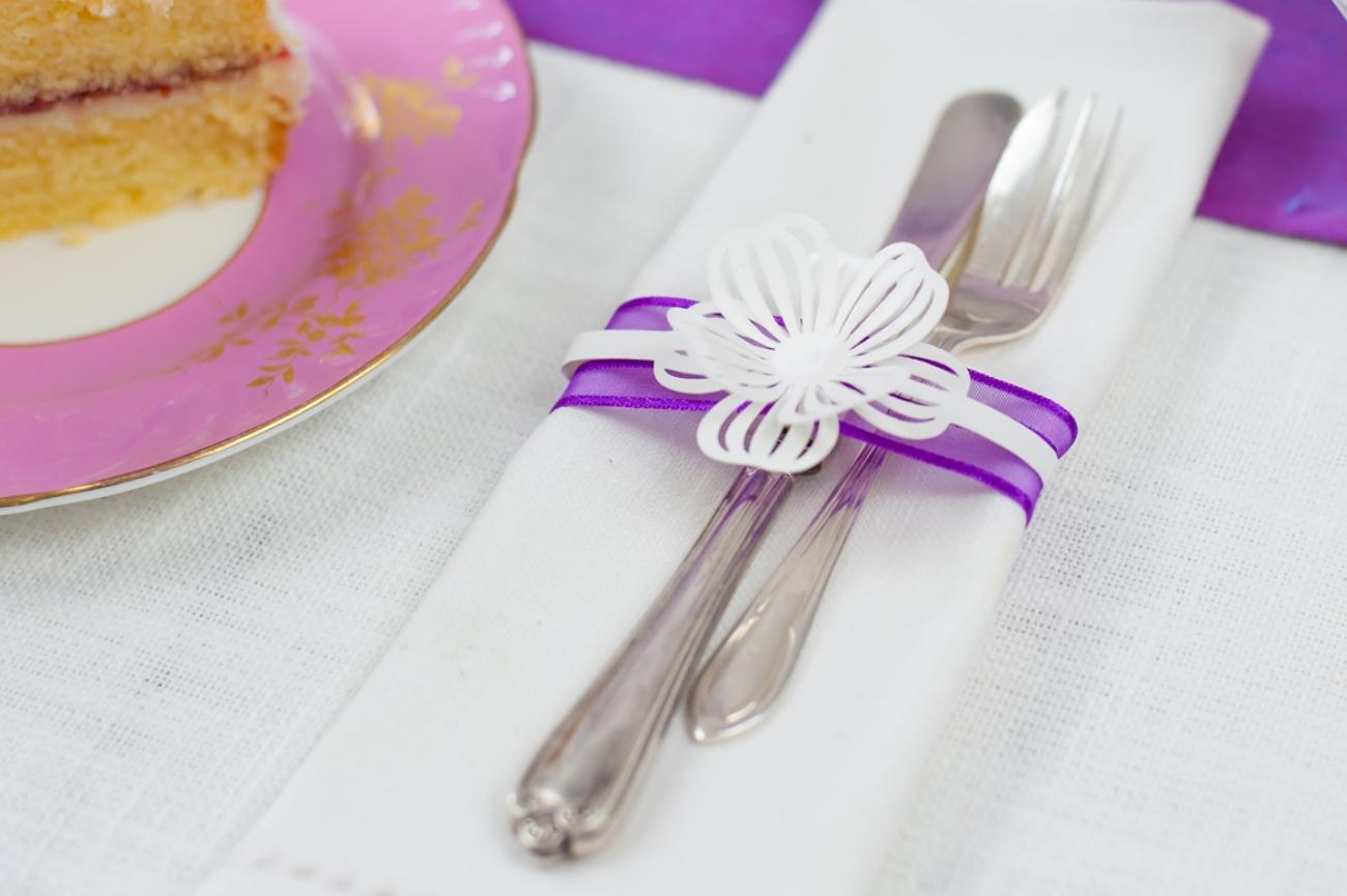 Napkin wrap band flower