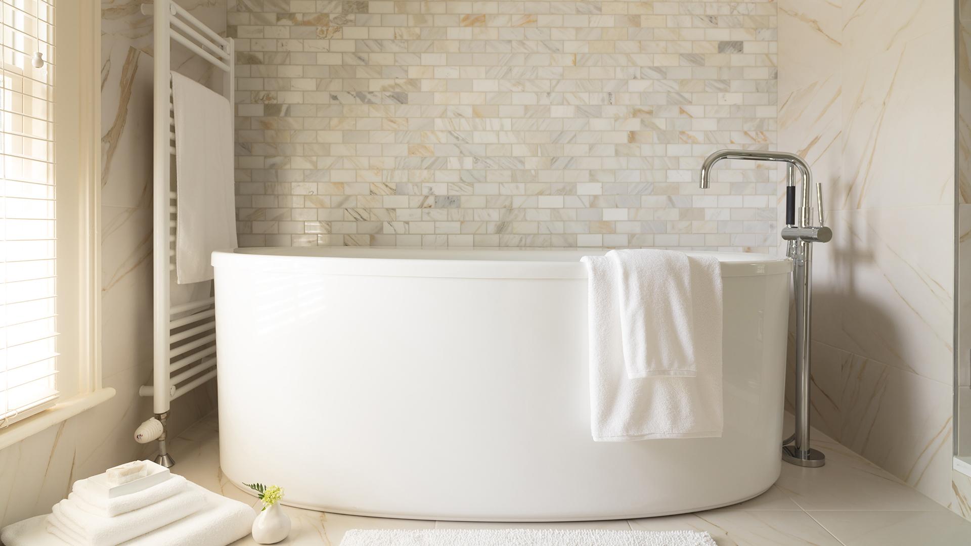 Sonnyholm Bath.jpg
