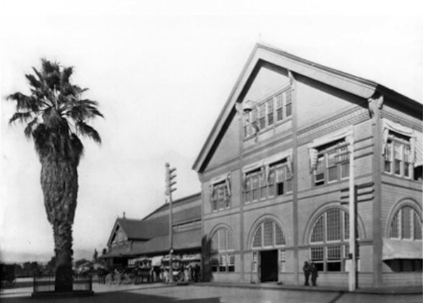 Southern Pacific Arcade Station on Alameda Street between Fourth Street & Sixth Street, circa 1895-1900 |Courtesy USC Libraries Special Collections