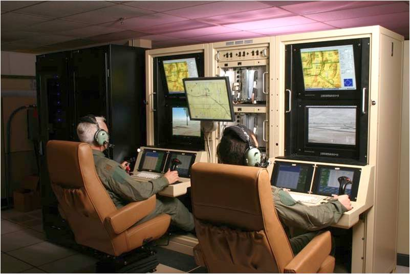 Predator Mission Aircrew Training System (PMATS) pilot/payload operator workstations | Photo: General Atomics