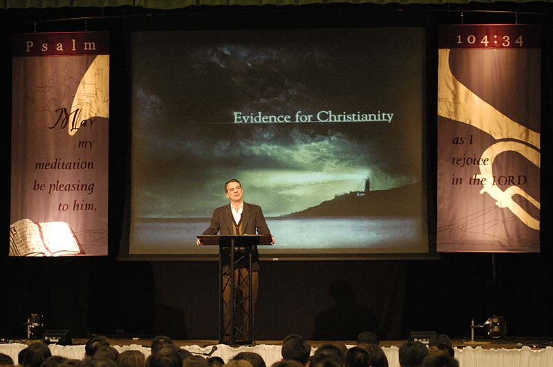 Dr. Craig delivered a message on the evidence for Christianity at our Sunday worship service in Berkeley.