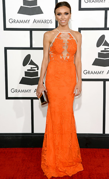 E! News doll Giuliana Rancic was stunning in a lacey orange gown by Alex Perry. So perfect for Spring!
