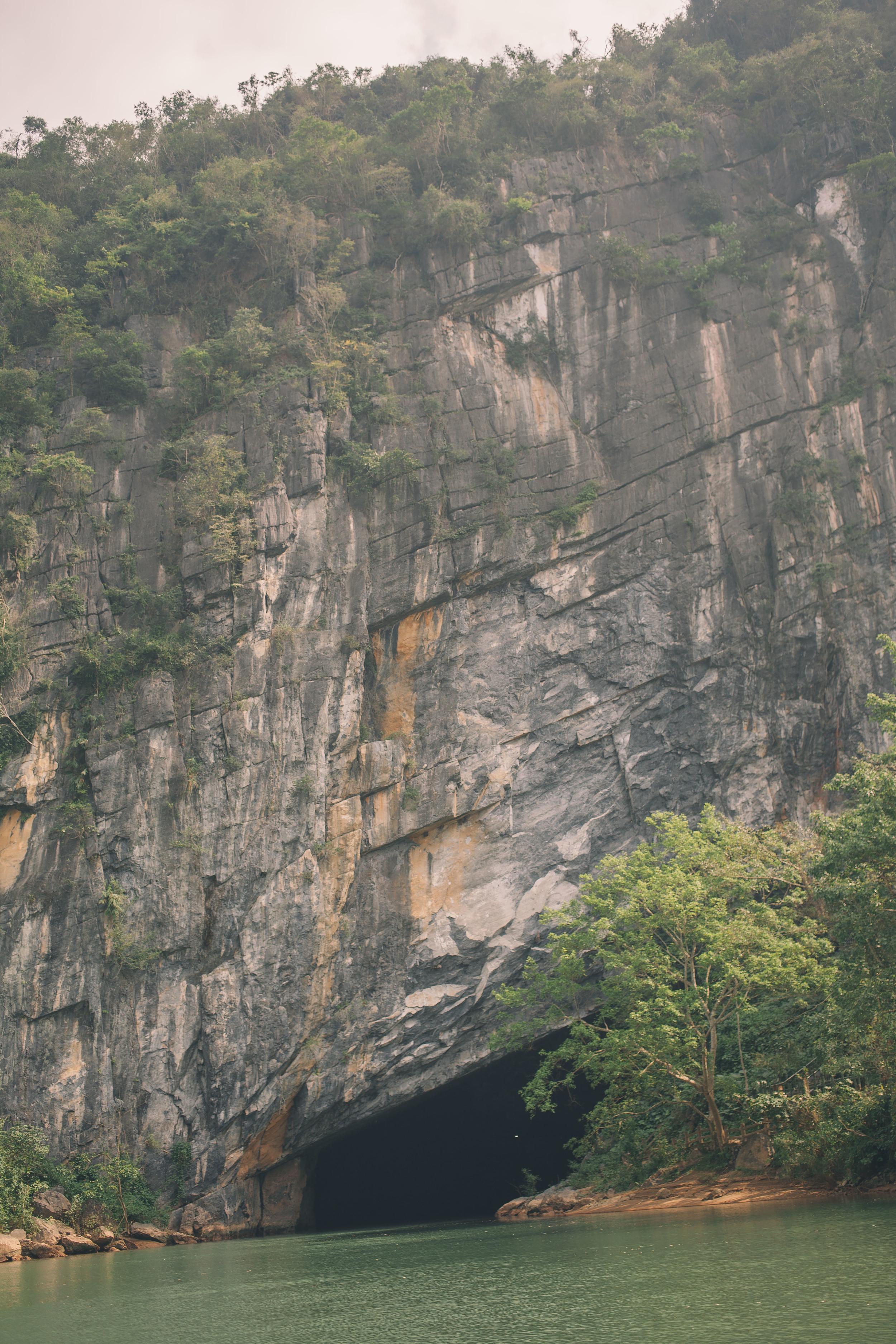 Grover Films   Phong Nha-Ke Bang