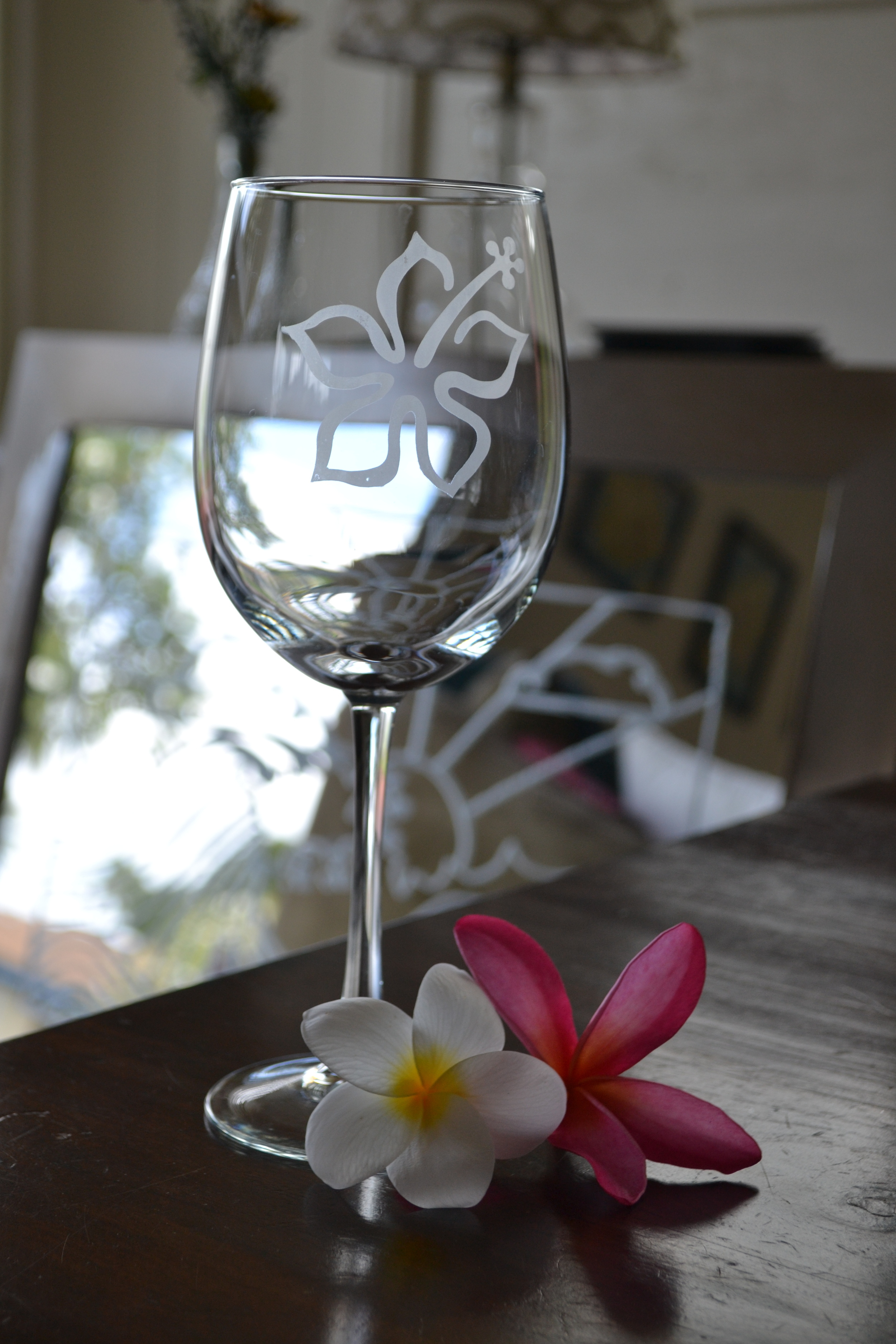 Hand Etched Wine Glass with Hibiscus.JPG