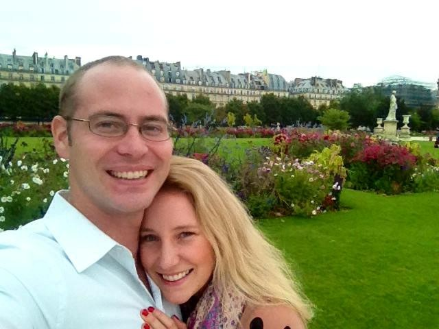 Kelly in Paris with her husband Jed