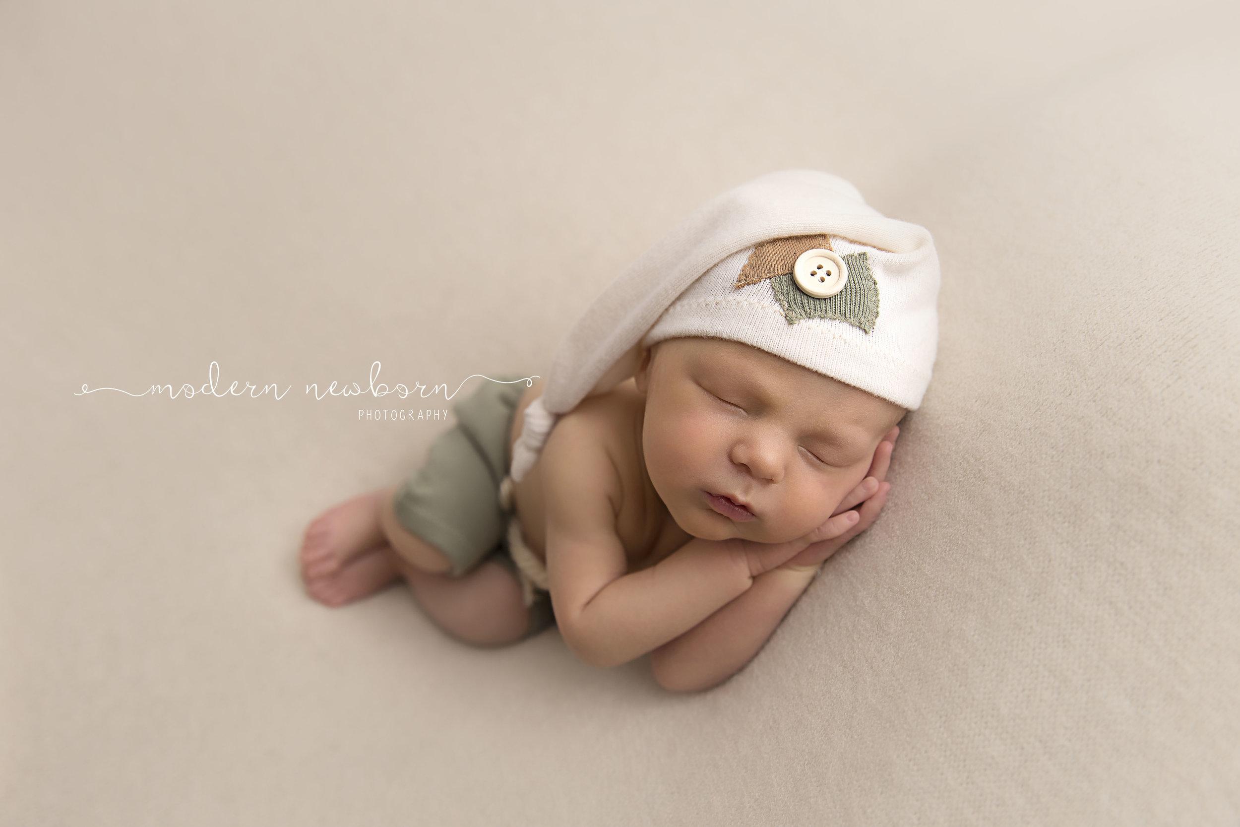 modern-newborn-photography-1.jpg