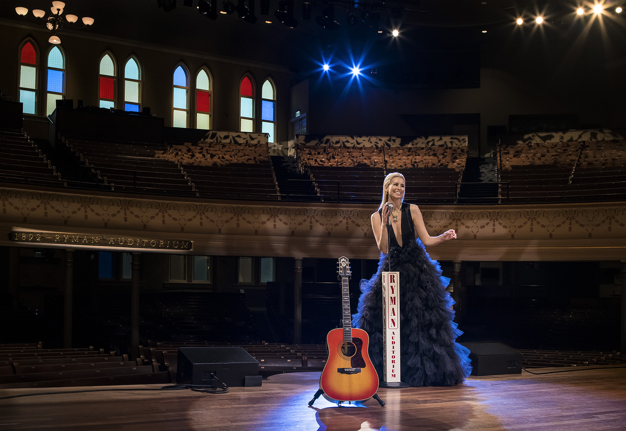 The Ryman Theater, Niki Taylor and Johnny Cash's Guitar.  Pretty much heaven right there.