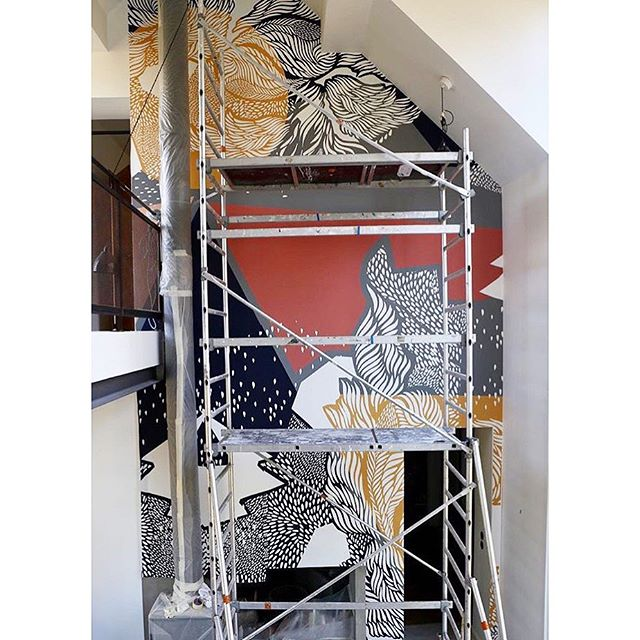 So this is exciting! One mural going up in Paris @agenceviolette home. All put together by @thehouseofartists who have several of my designs available as murals scaleable to any size feature wall or space. These guys rock and I am super lucky to be part of such a awesome line up of artists and designers. #interiormural #wallart #scaleableart #interiordesign #thehouseofartists