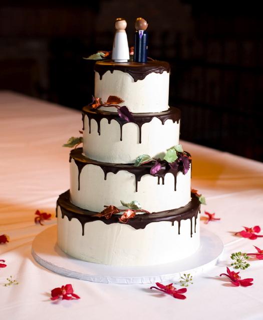 Bowery Hotel Wedding Wedding Cake_Becky