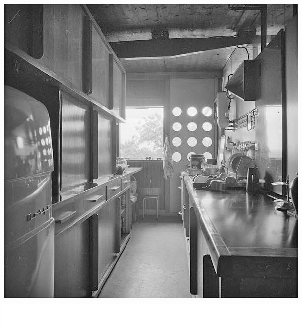 Fonds Vera Cardot et Pierre Joly_Centre Pompidou MNAM Cci Bib Kandinsky collection photographique 23_13.jpg