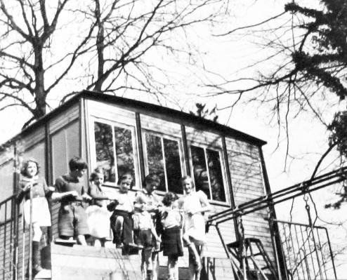 10_maison_Prouvé_06_rue_auxonne_1941_6_Archives_Françoise_Prouvé.jpg