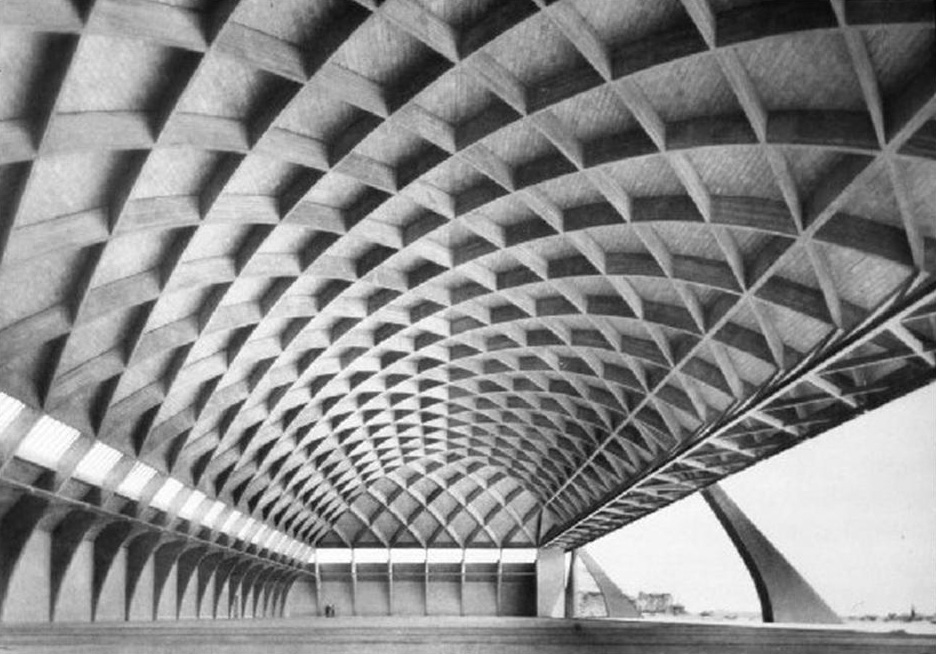 L-Orvieto-Aircraft-Hanger-Pier-Luigi-Nervi.jpg