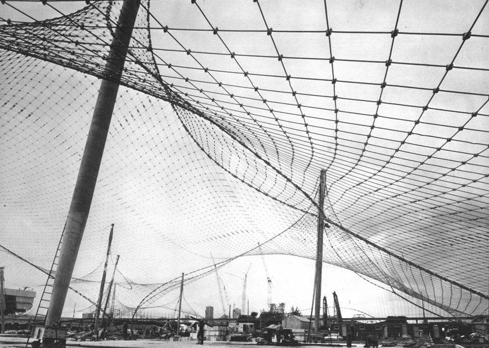 Frei Otto, 1967. Photo by Charles Eames. 9300 sqm, 12 mm steel rods, PVC membranes.
