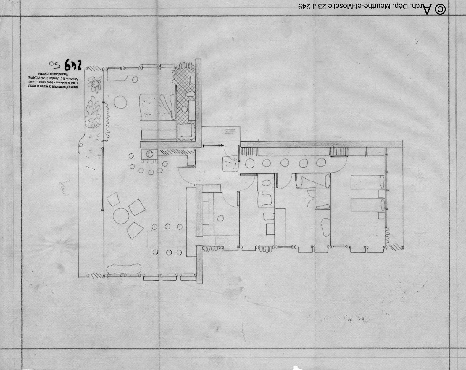 1.11_23-J-249---50_Maison-Arts-Menagers-1951_ADMM-fonds-Jean-Prouvé.jpg
