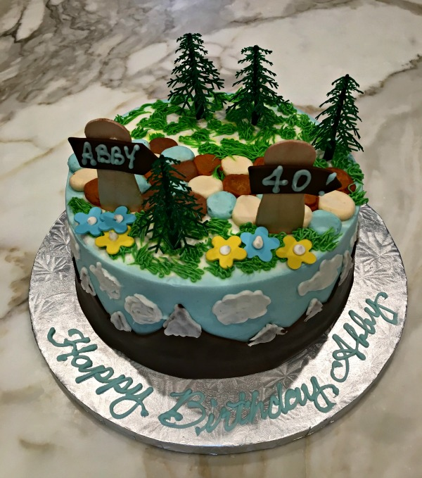 The cake my wife got for me. Ahhh, the mountains!