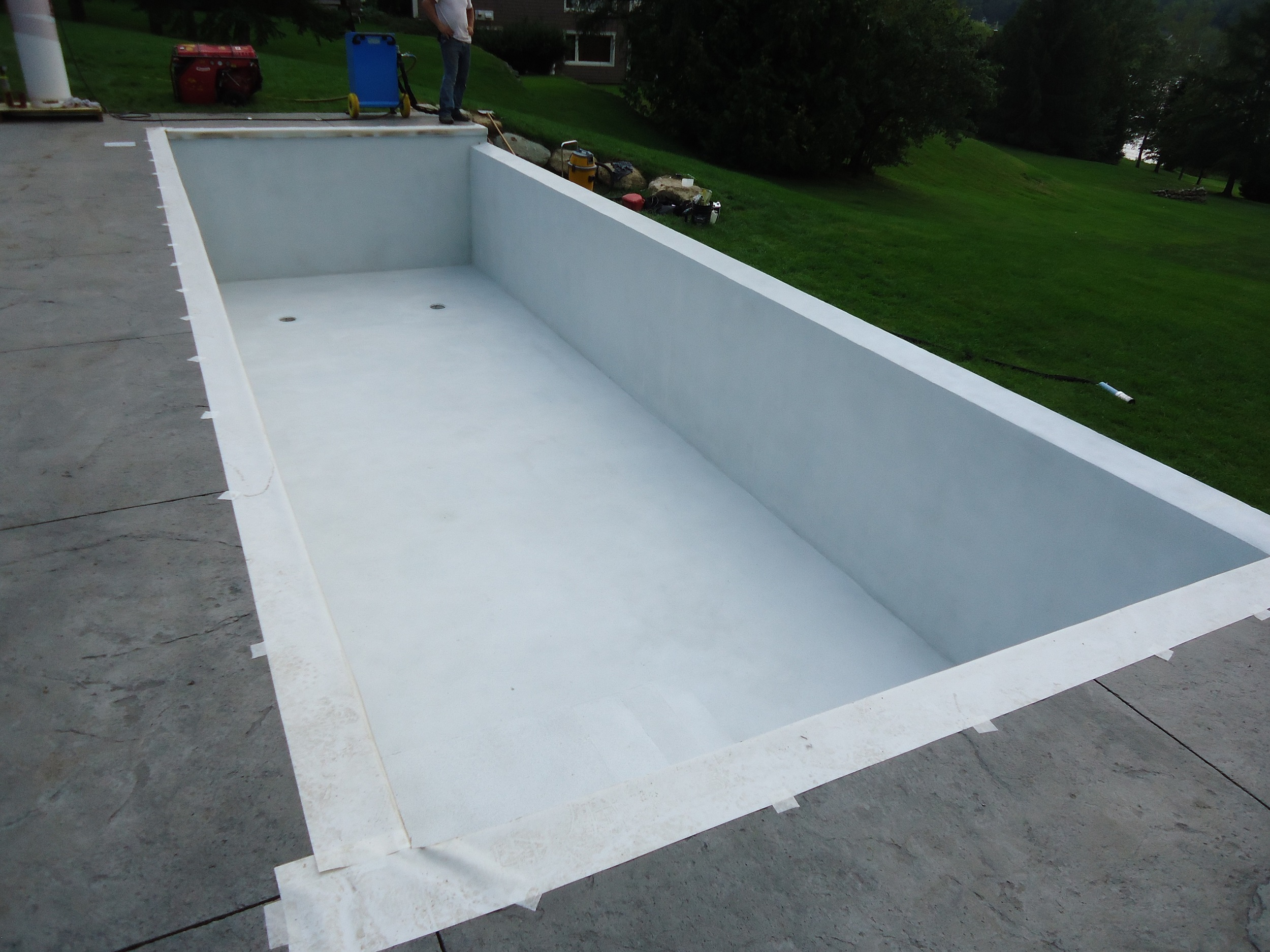 aquaBright and spider tie wall system after final coat.jpg