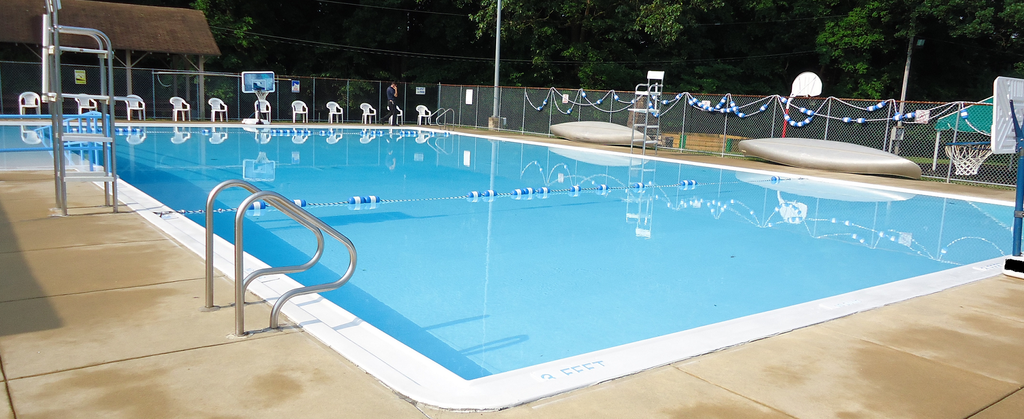 commercial white canada pool coating banner3.png