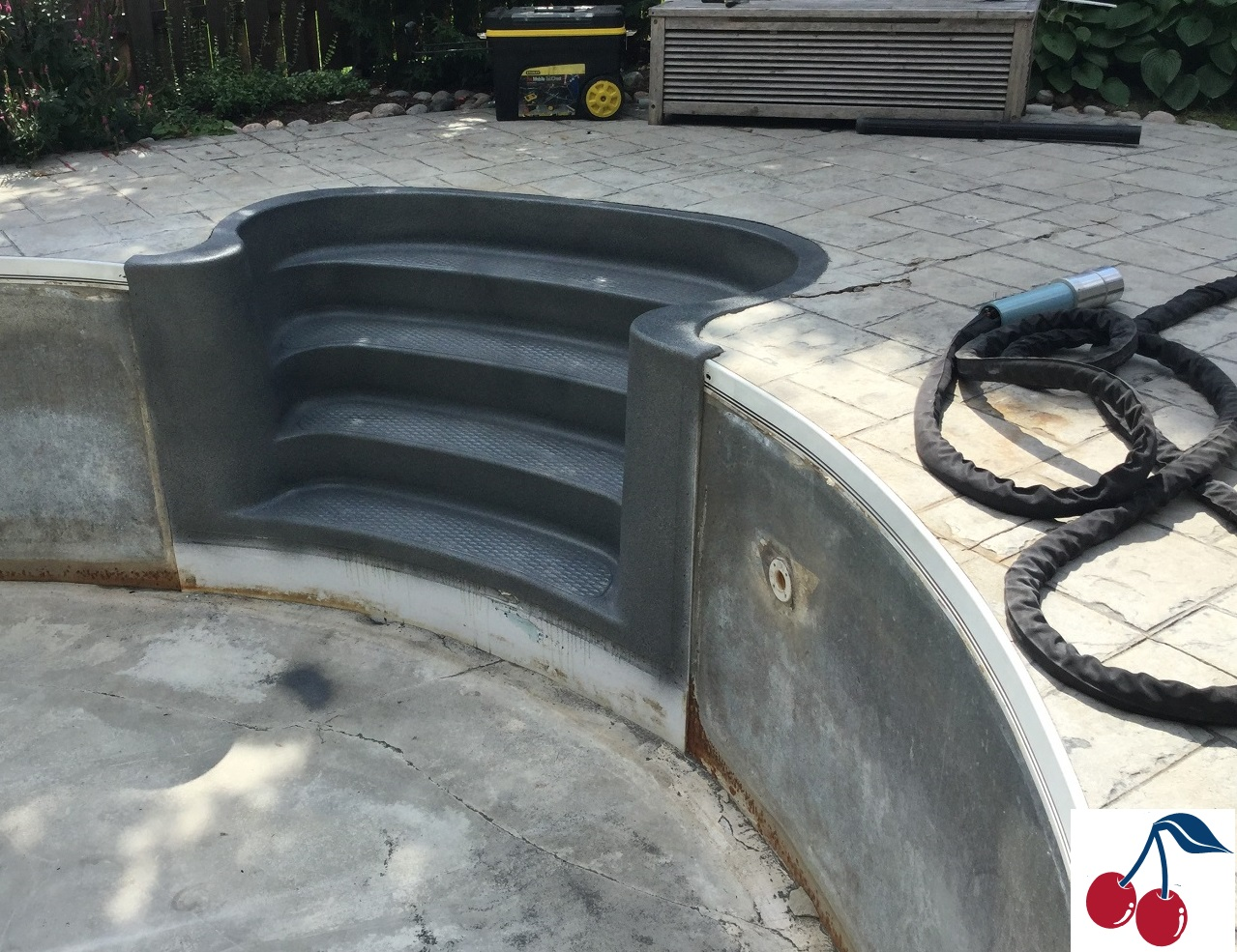 Completely mobile ecoFinish system enables Cherry Pool Finishes to restore onsite!