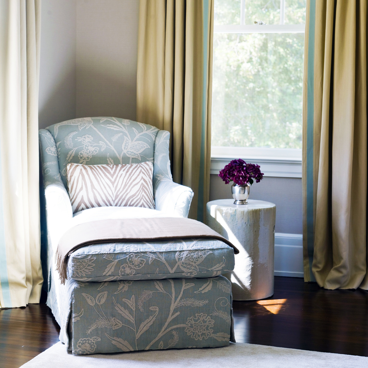 Easton Chaise