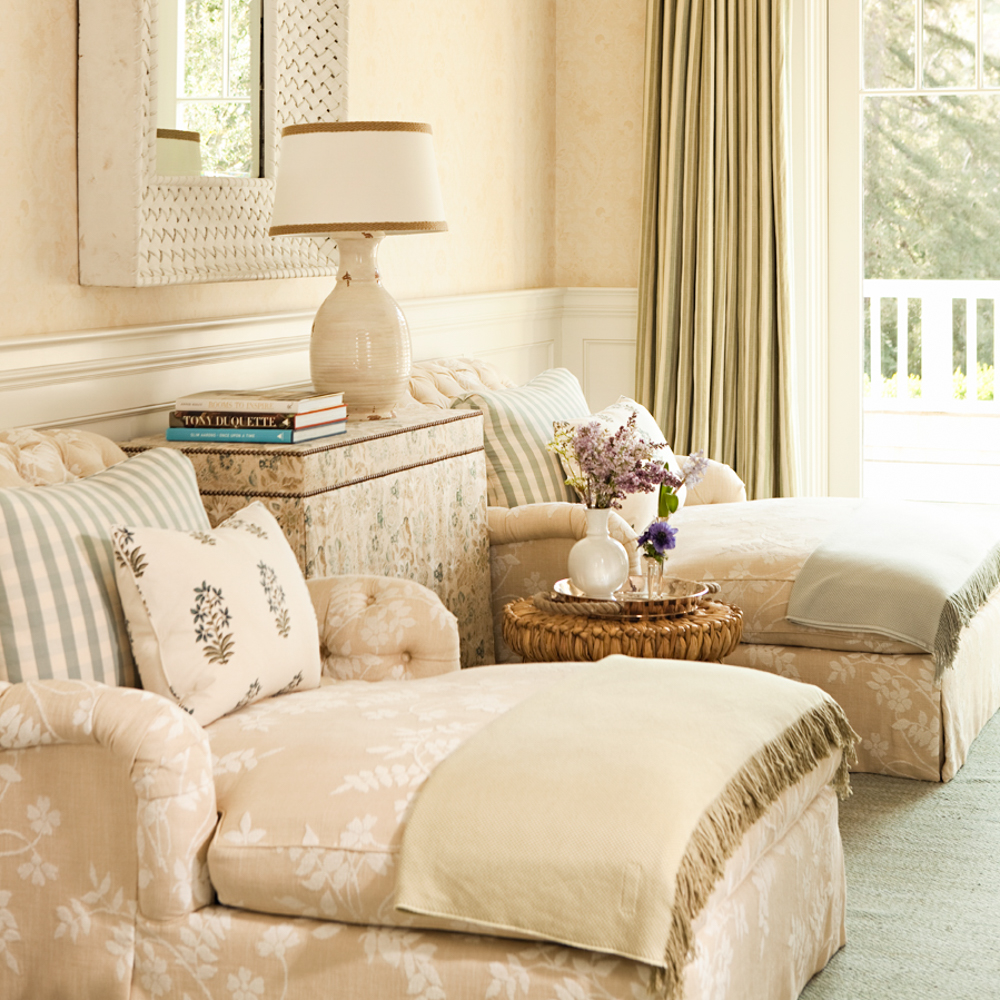 Lily Pond Chaise