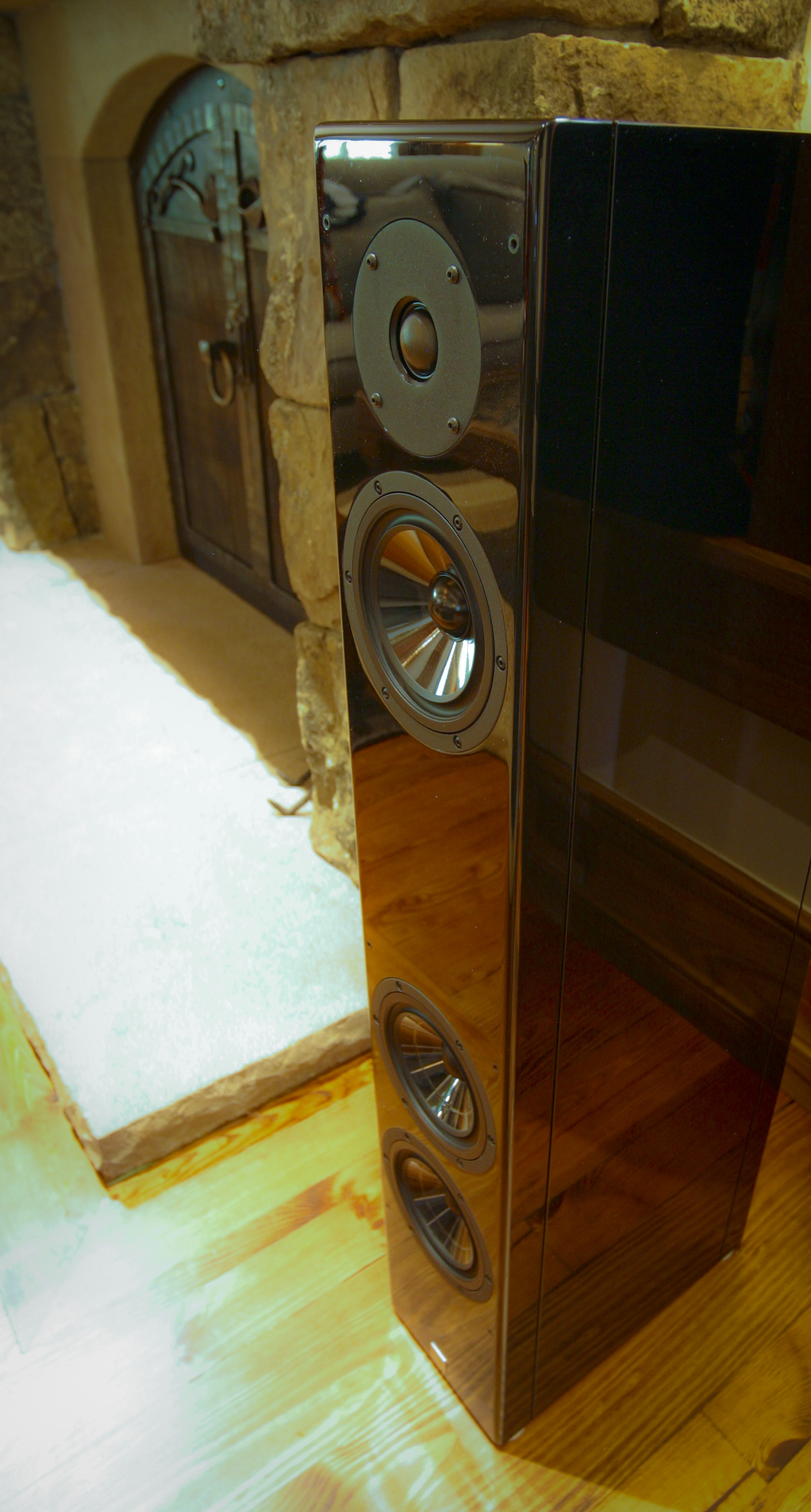 baby speaker0001.jpg
