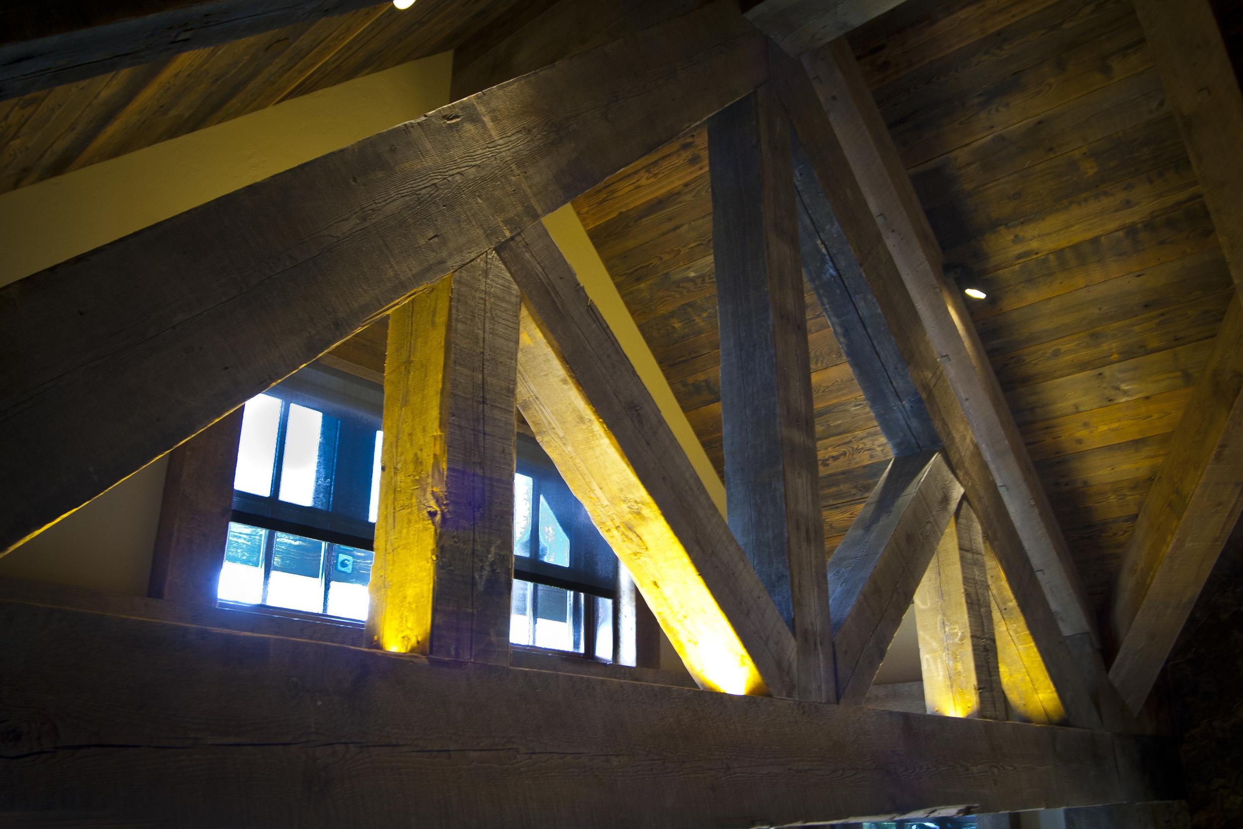 beams1001.jpg