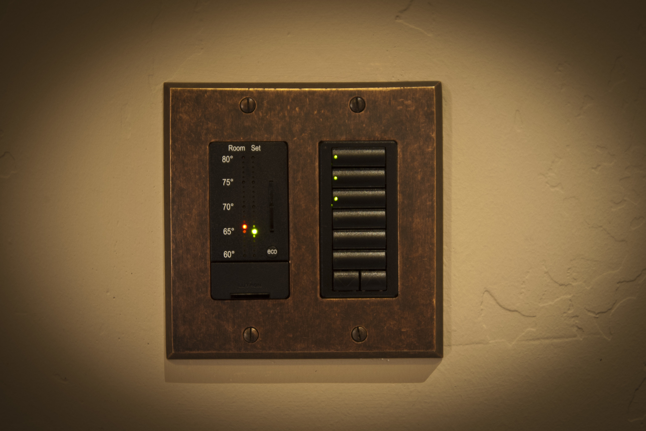 switch plate1005.jpg