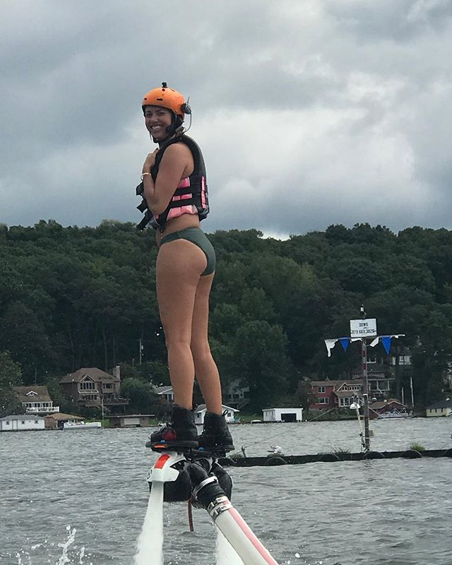 Only a few days left to fly this season. Check the calendar on our website for a list of available time slots. 📅  #Flyboard #LakeHopatcong #GreenwoodLake #LakeMohawk #ErskineLake #lakewallenpaupack #FCove #ByramCove #TicesShoal
