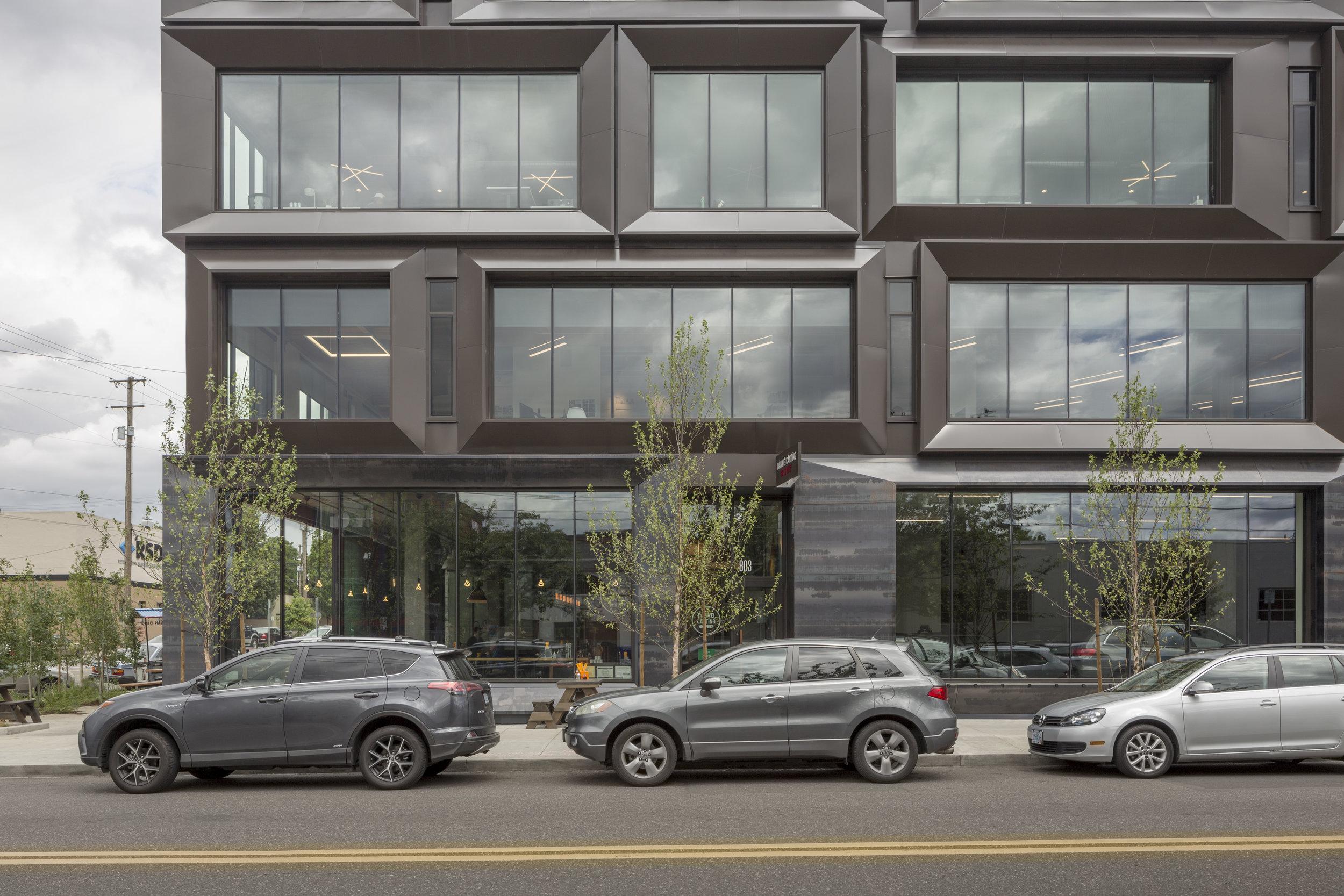 811 Stark facade . WPA