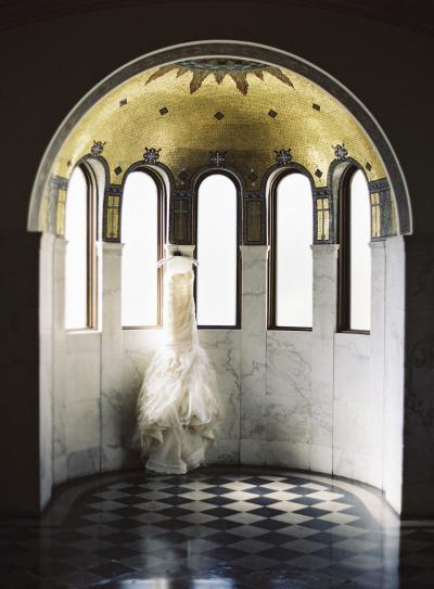 Style Me Pretty: Los Angeles Greek Wedding