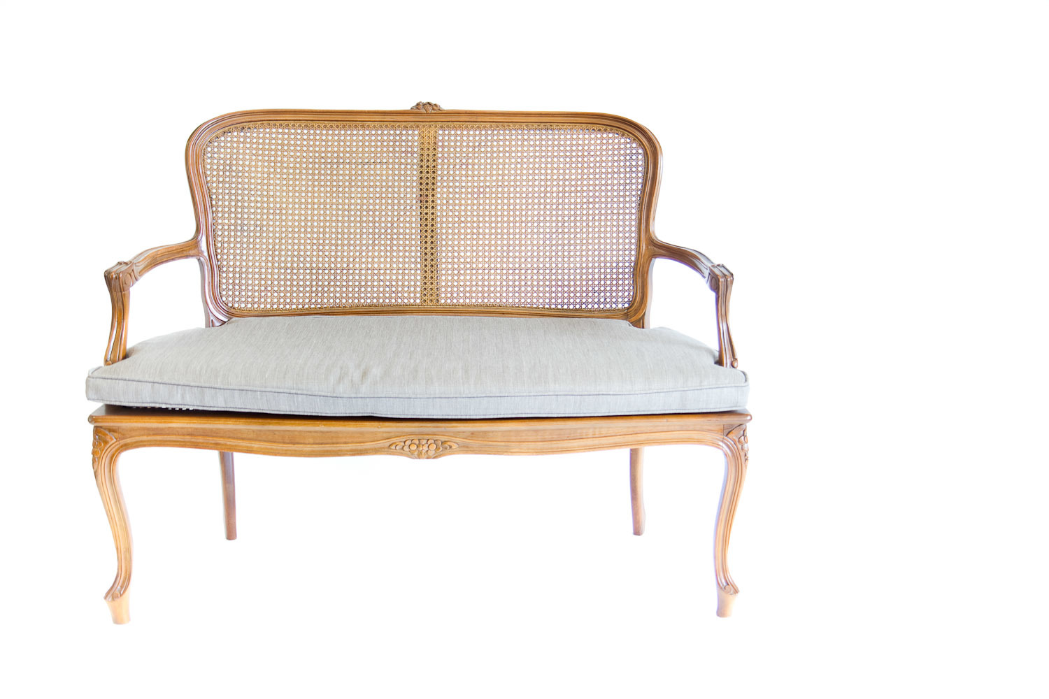 (S-022) THE CANE-BACK SETTEE