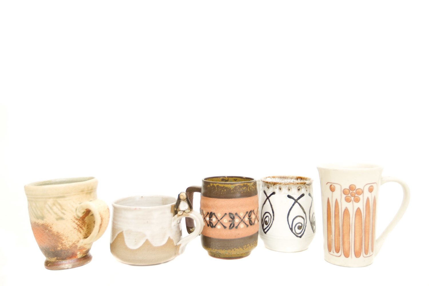 (TA-046.3) VINTAGE MUG COLLECTION