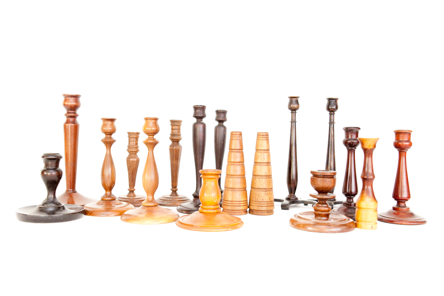 (TA-092) WOODEN CANDLESTICK COLLECTION