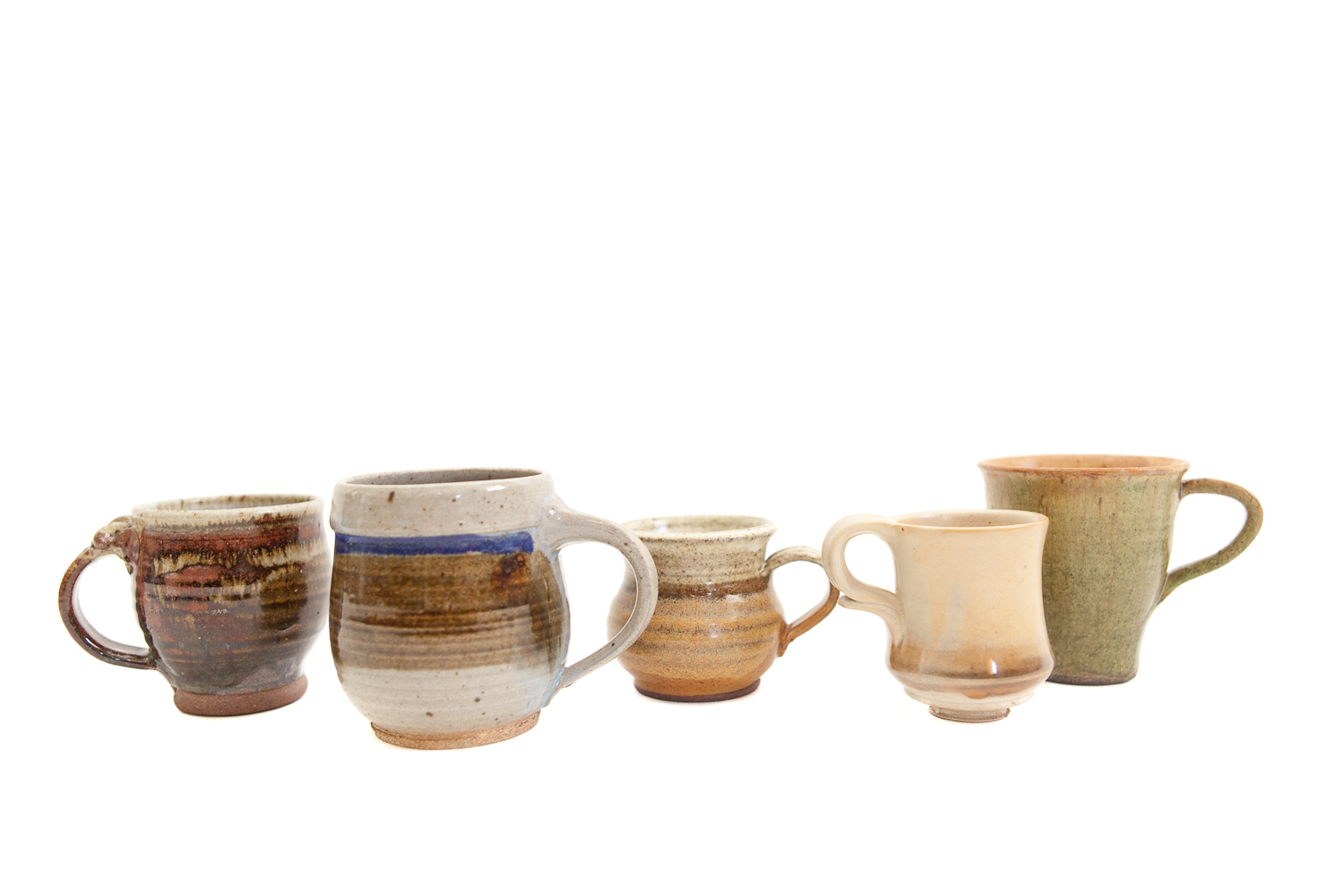 (TA-046.6) VINTAGE CERAMIC MUG COLLECTION