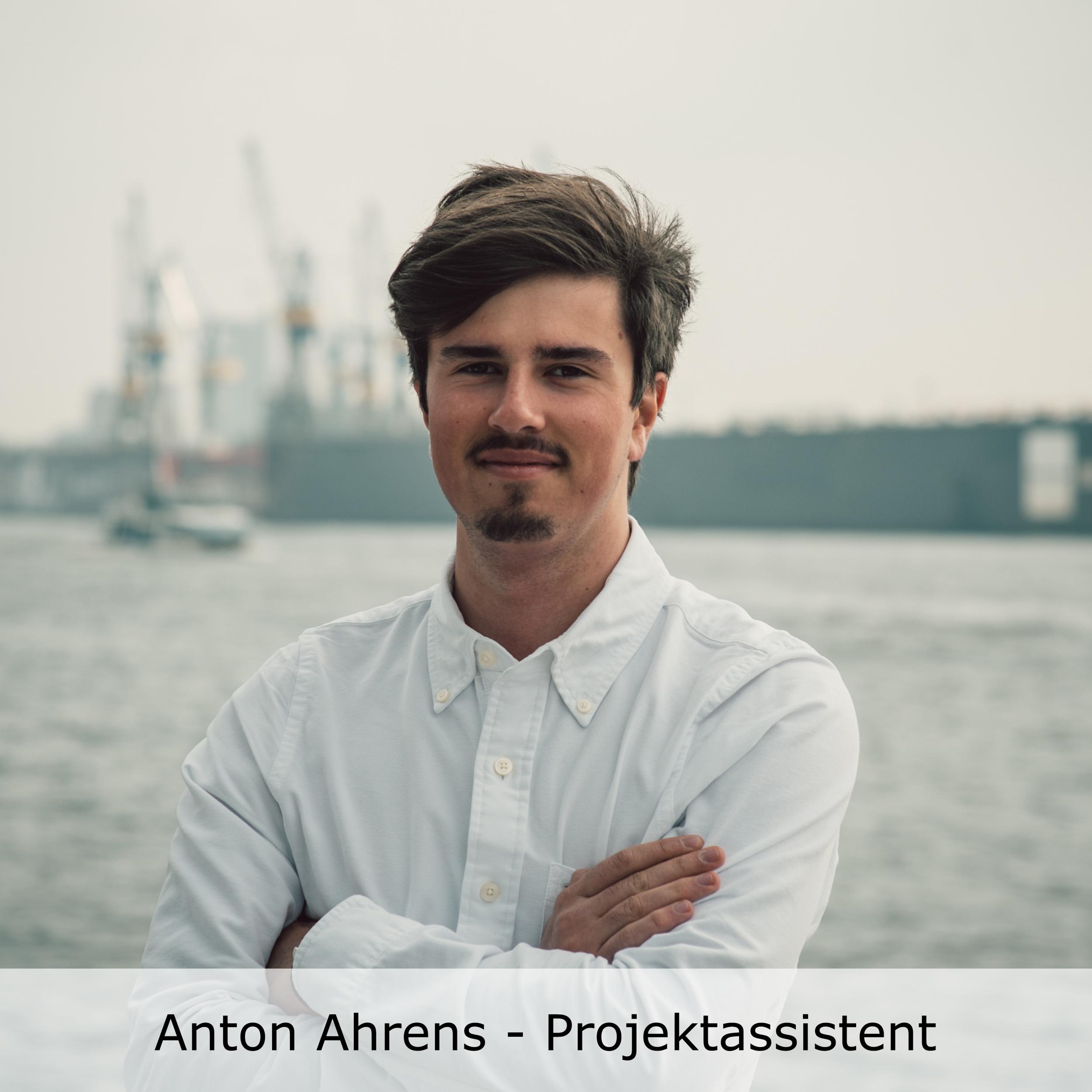 Team-Fotos-Anton Kopie2.jpg
