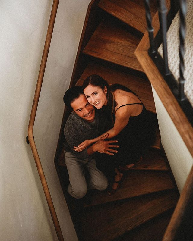 I loved starting out this engagement session in this lovely couple's Berkeley home. I saw their beautiful staircase and knew we had to take some photos on it ☺️ #jeaniehortonphotography #engagementphotos #engagementphotography #bayareaphotographer #bayareaweddingphotographer #bayareaengagementphotography #naturallightphotography #smalpresets #canon #canon5dmarkiii #2470mm