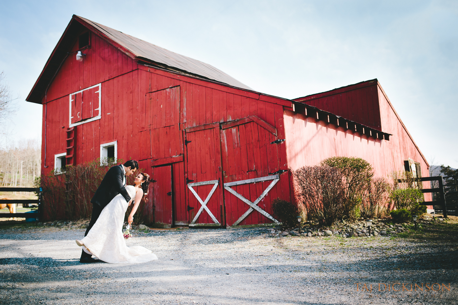 wedding portrait, falkirk estate farm, central valley, ny