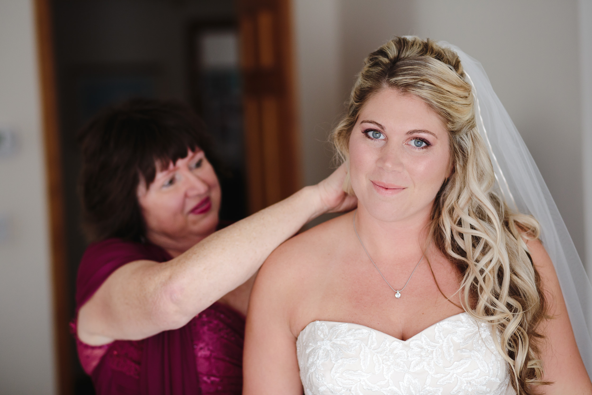 wedding preparations bride mother