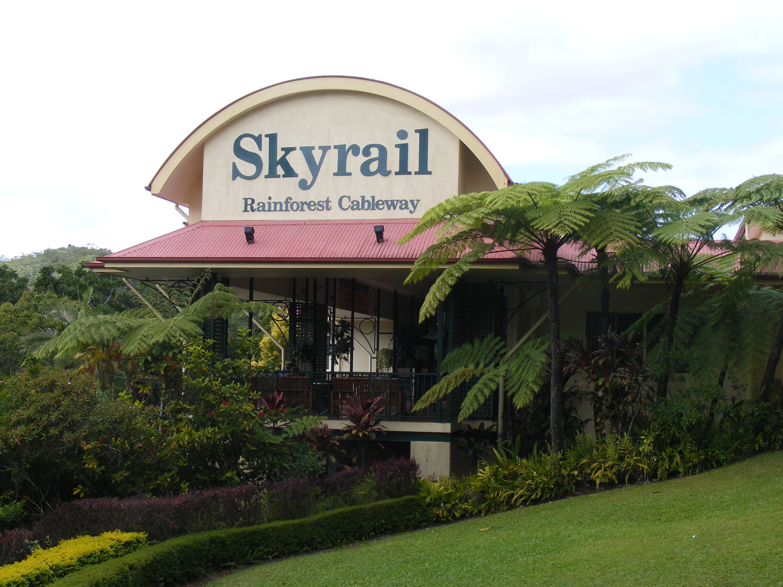 Sky rail ride to Tjapukai
