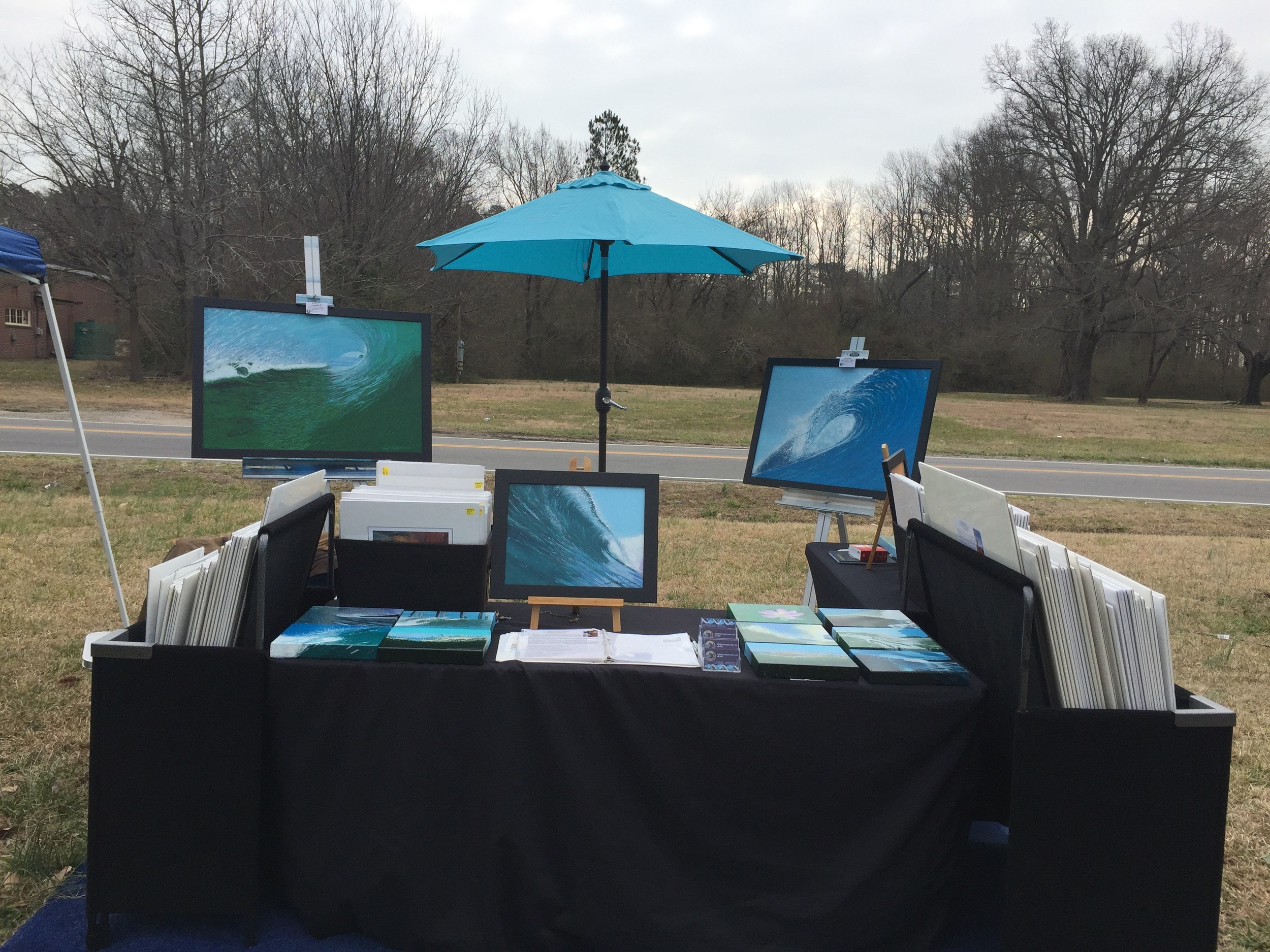 Just had a great show at the Tar Roof gallery in Pungo. I chose to go topless and have no tent since it was a one day gig. It turned out to be an amazing event and sales were phenomenal!