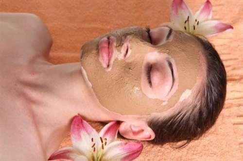 Beauty Products to De-Stress.jpg