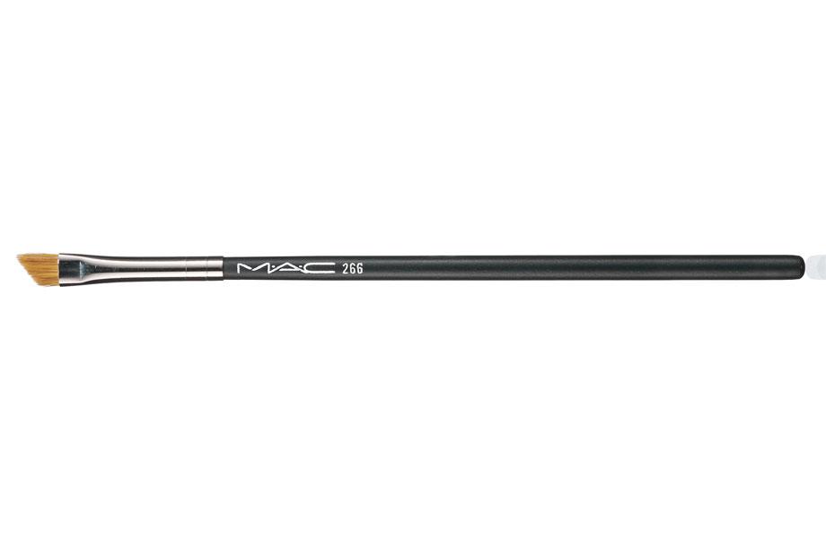 MAC Slanted Eyeliner Brush