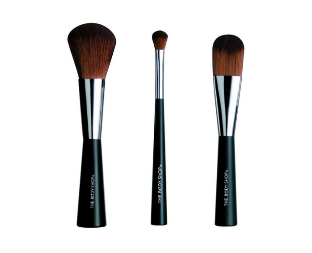 The Body Shop Makeup Brushes.jpg