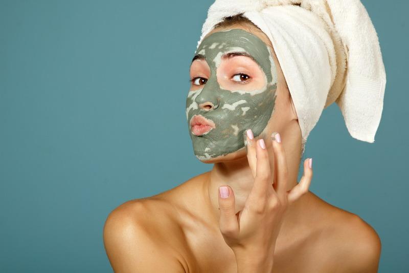 Natural Skincare vs Holistic Skincare.jpg