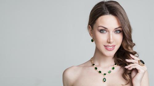 Jewelry Etiquette.jpg