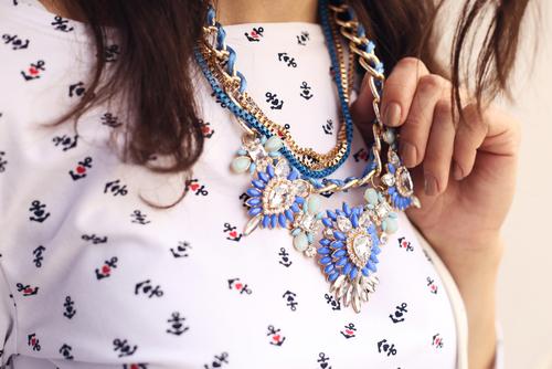 How to Wear Jewelry.jpg