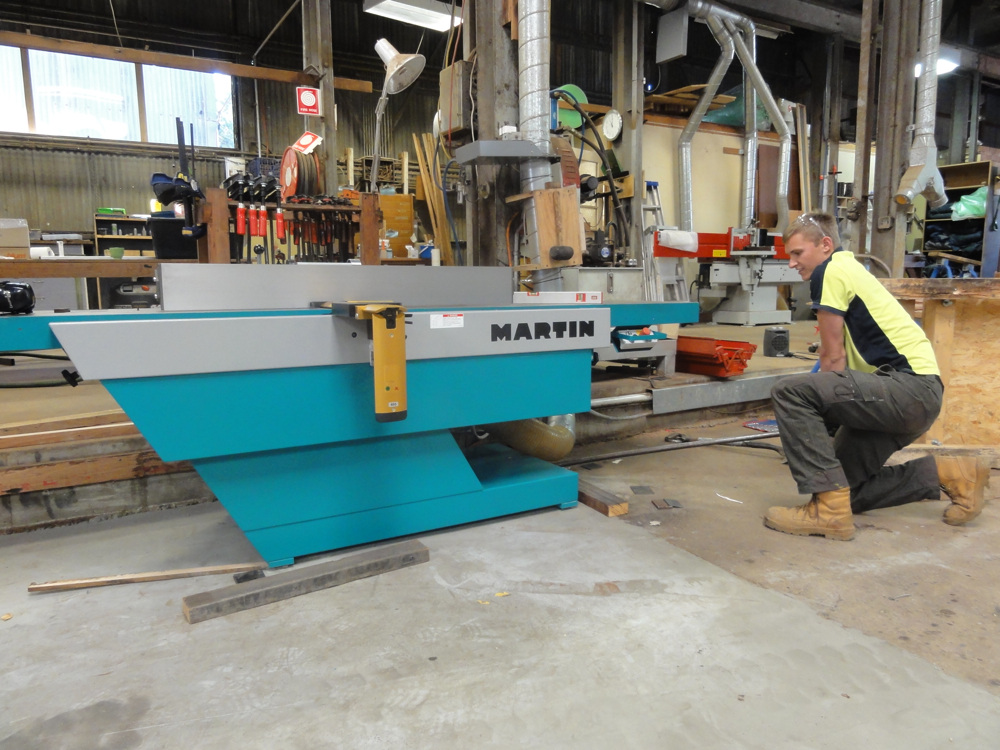Final levelling and positioning of the Martin Jointer
