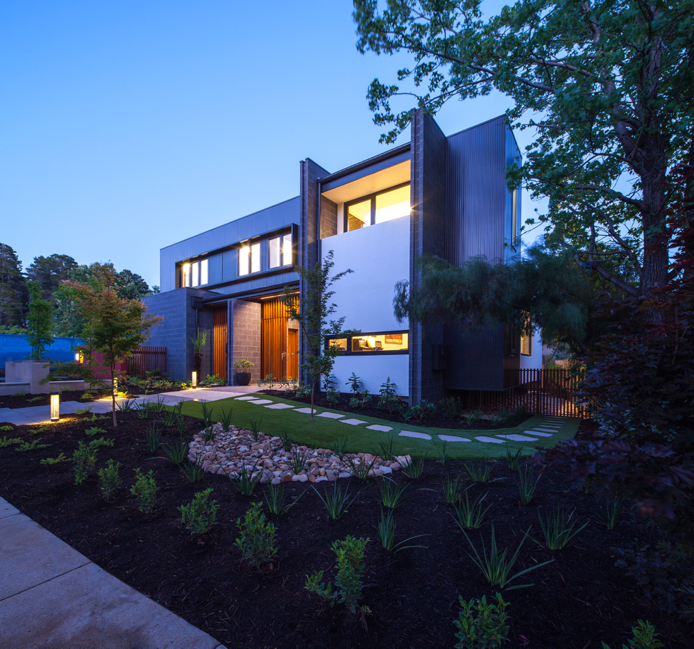 Harvey Taylor House: Designed by Philip Leeson Architects and built by Preferred Builders